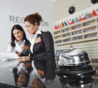 Formarse con el Curso de Recepcionista de Hotel + Jefe de Recepción
