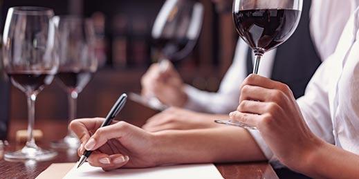 Con el curso sommelier serás un experto en el sector vinícola. ¡Descúbrelo!
